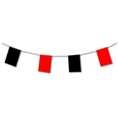 Festone con bandiere rosse e nere
