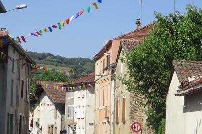 Eventi e sagre di paese: le decorazioni per le feste d'estate